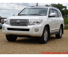 Toyota Land Cruiser V8 2015 available for sale