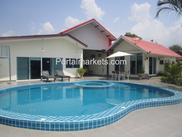 Pattaya Resort for Sale - 2/4
