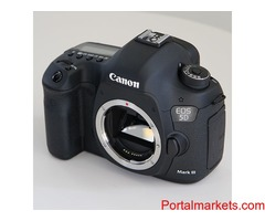 Selling brand new original Canon eos 5d mark III