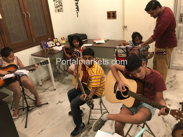 Guitar Classes in Secunderabad for adults and children by The Art Academy - 1/3
