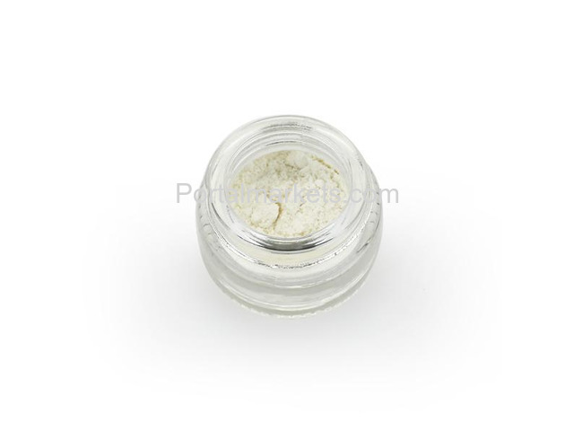 Buy Pure CBD Isolate (99.5%) – 0.5 gram Online in Canada - 1/1