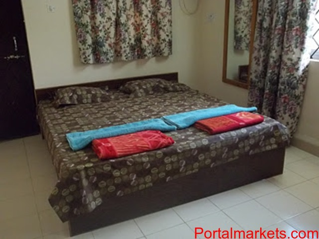 Benaulim beach Goa holiday rooms for families ac 2BHK villa Rs.4000 per night for 6 persons - 2/3